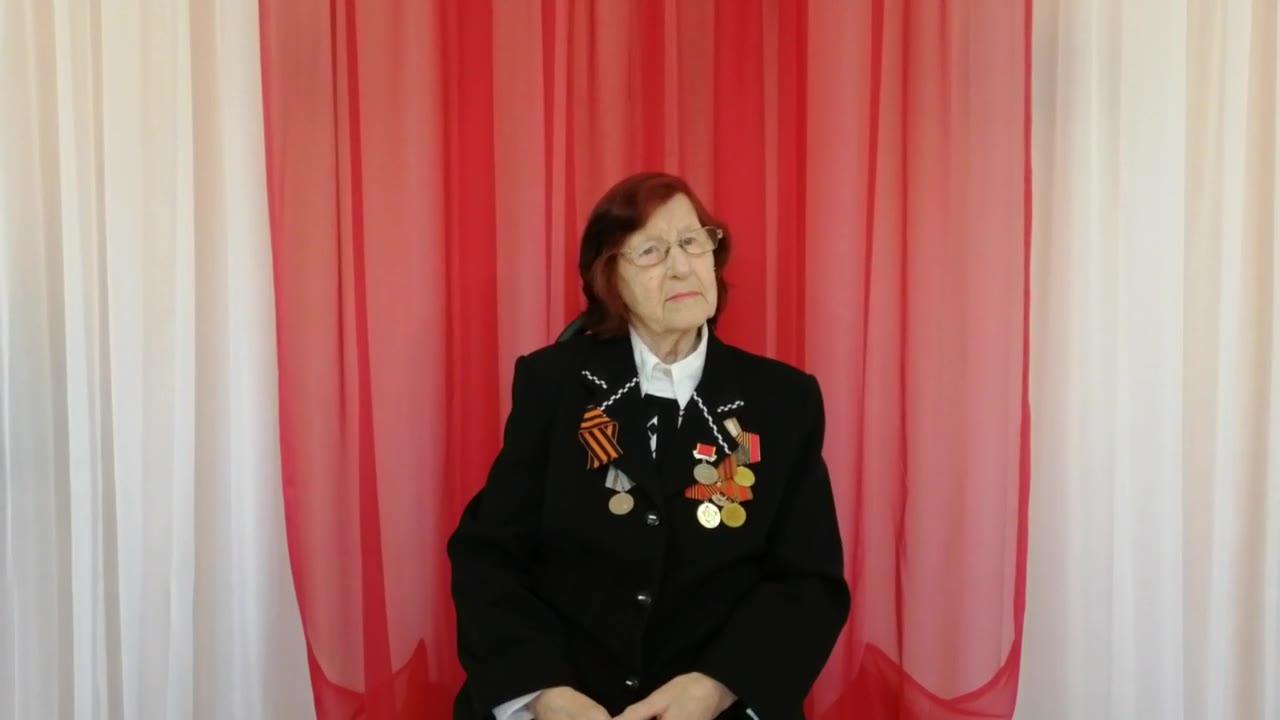 Березина Евгения Васильевна (малолетний узник), Псков